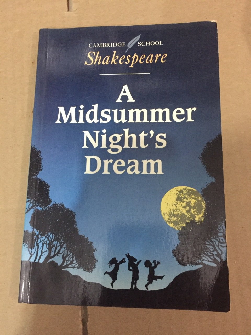 a midsummer nights dream love thesis Analysis of a midsummer night's dream by william shakespeare a midsummer nights dream is a play by william shakespeare, and i believe is mainly summed up by this line from the play 'the course of true love never did run smooth' this is basically saying that being in love comes with many obstacles and dilemmas.